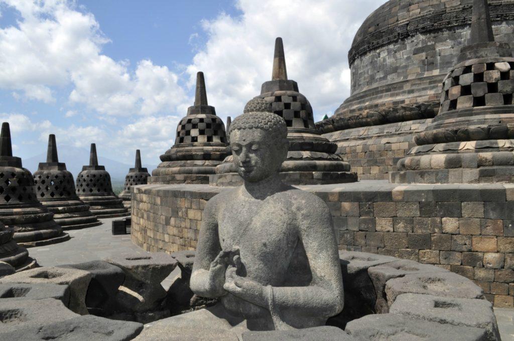 buddhist-temple-1